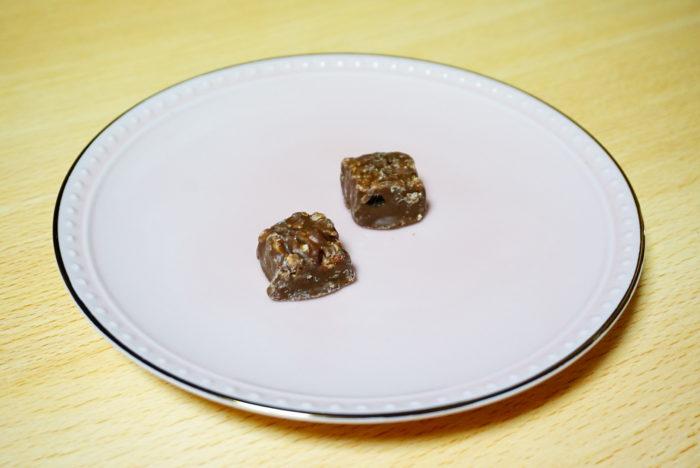 ブラックサンダー苺ミルフィーユのチョコ