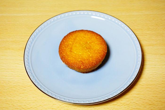 ロッテ×八天堂のカスタードケーキのケーキ