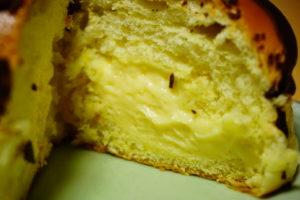 プリンみたいなパンのカスタードクリーム