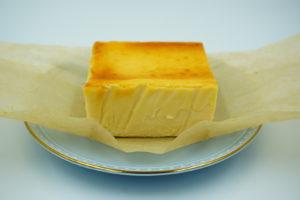 チーズケーキホリックのケーキの正面
