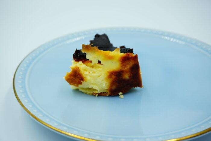 九州お取り寄せ本舗のバスクチーズケーキの裏